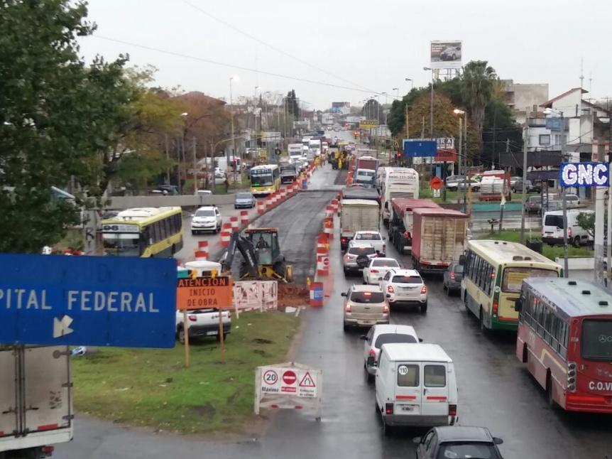 Resultado de imagen para Licitaron la instalación de paradores del Metrobus de Calchaquí